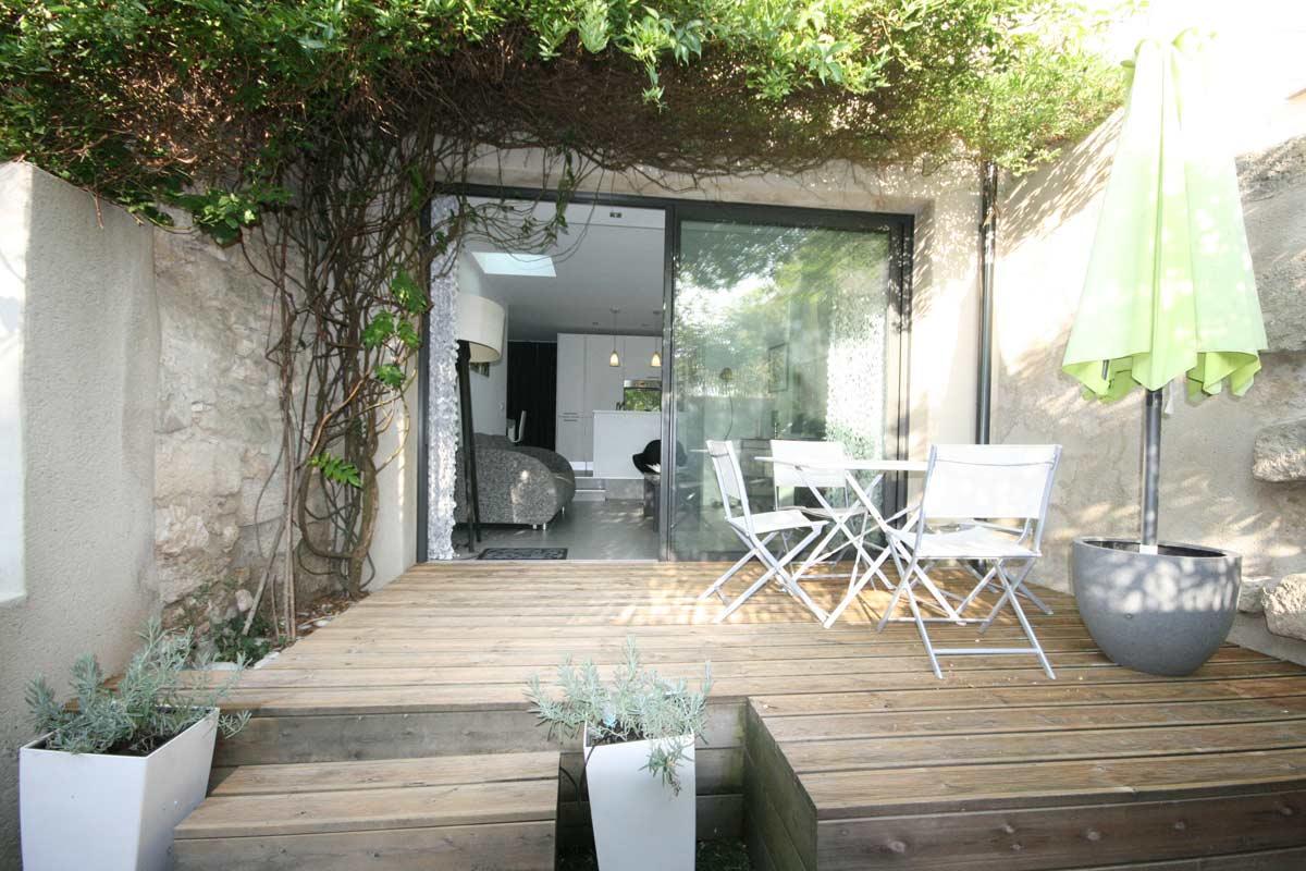 R novation d agence volumes immobilier - Maison de jardin design ...