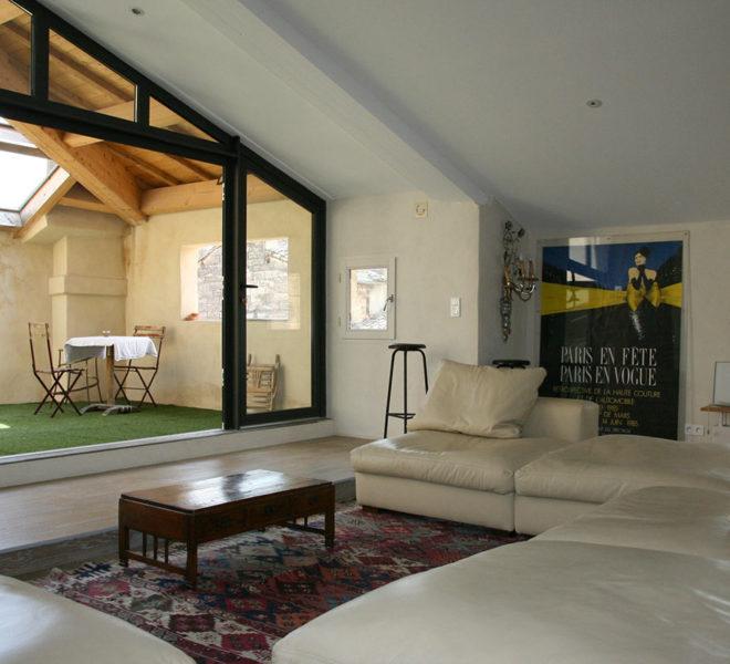 appartement de prestige a vendre a uzes avec grande terrasse