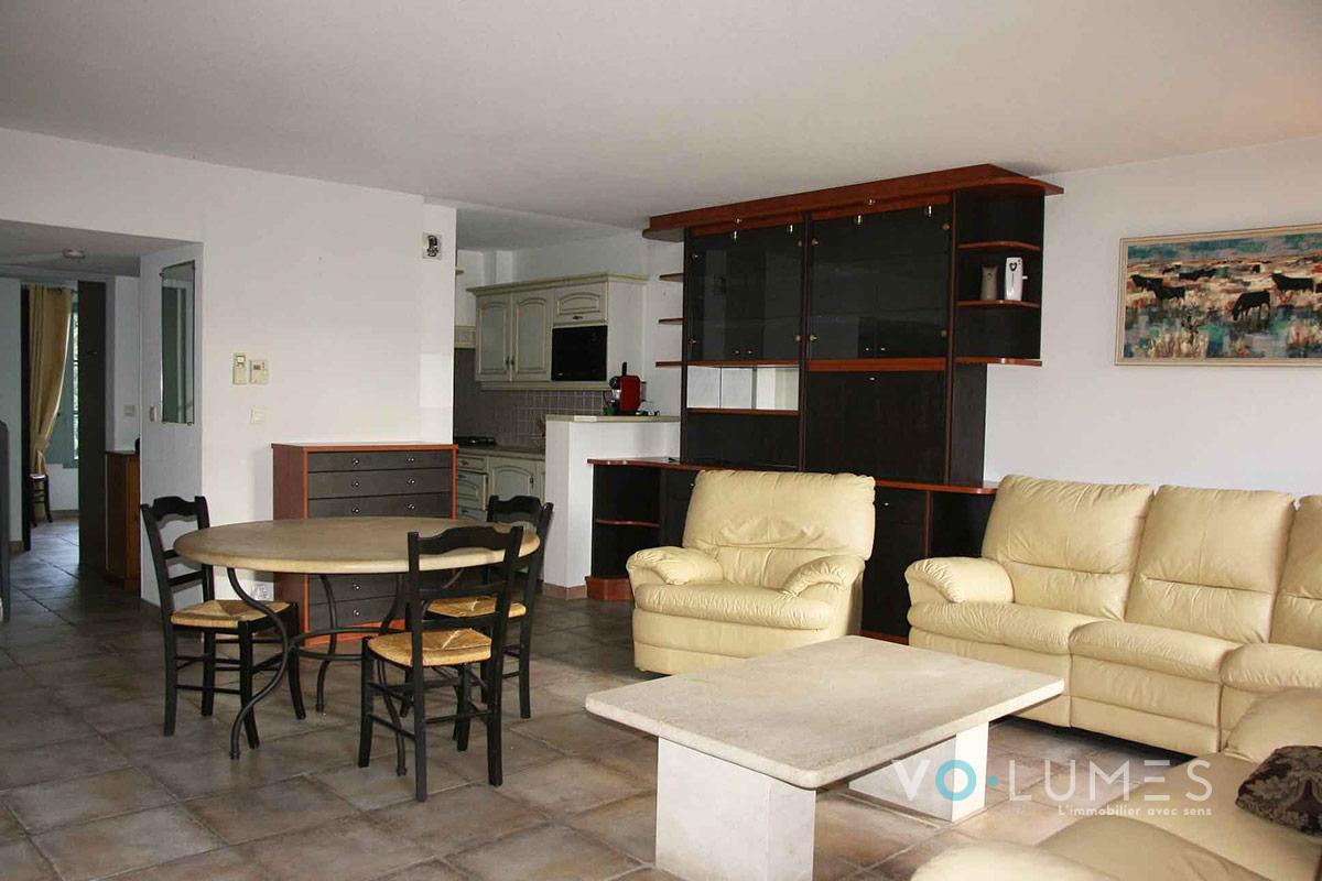 Appartement duplex avec terrasses et garage